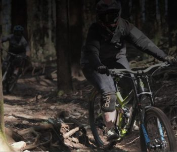 Two Fat Tyre Flyers downhill mountain bike club riders at Narbethong shuttle day